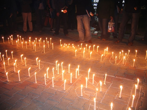 Candle-light vigil at LUMS in the protests against Pakistan's state of emergency in November 2007. Photo courtesy Omar Ayaz